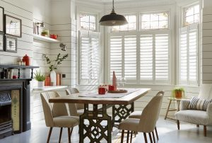 Cafe-Style-Bay-Window-89mm-Hidden-Shutters (