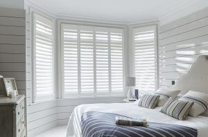 Full-Height-Bedroom76mm-Shutters (2)