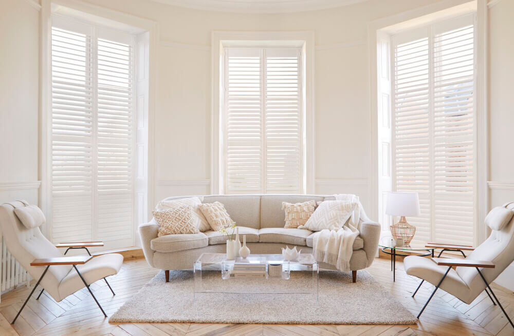 Living Room Tier-on-Tier Shutters