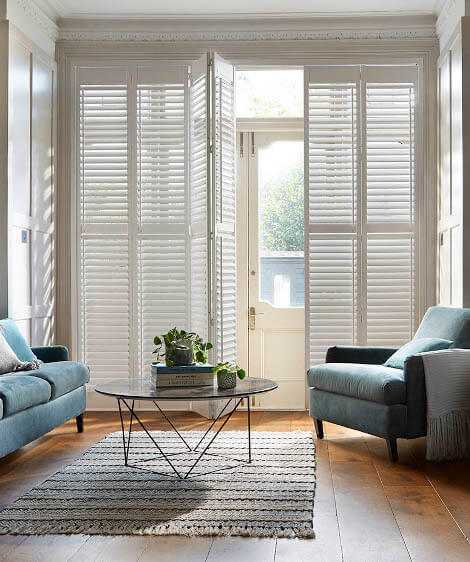Window shutters for lounges